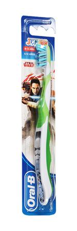Procter & Gamble Oralb Man Star Wars Spazzolino Manuale 6-12 Years