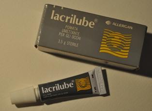 Lacrilube 42,5% + 57,3% Unguento Oftalmico 1 Tubo Da 3,5 G
